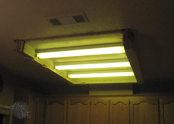 Removing A Fluorescent Kitchen Light Box The Kim Six Fix - Kitchen ceiling light box