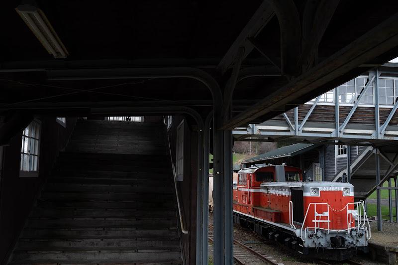 190501 旧三笠駅ホームのDD51