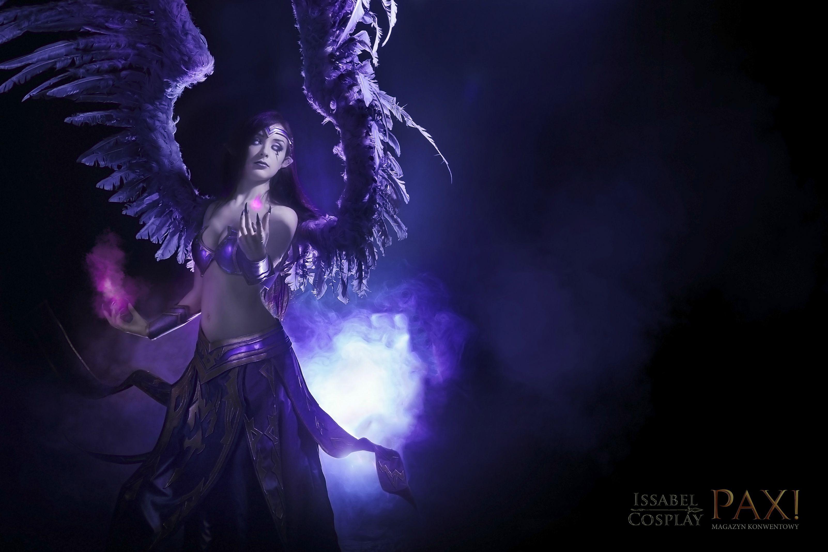 Ngắm thiên thần sa ngã Morgana cực sexy - Ảnh 2