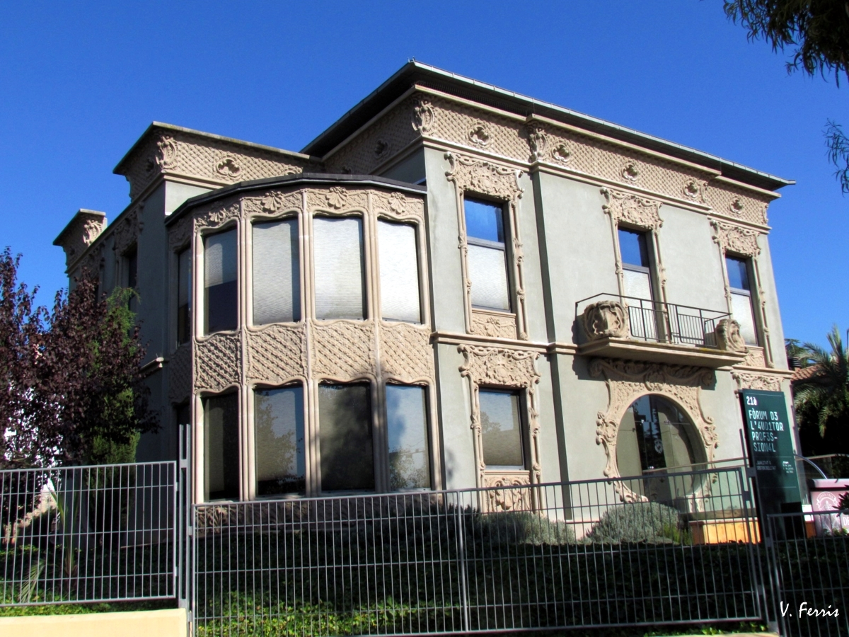 Casa anna de m ra de bacard de mor barcelona modernista - Casas modernistas barcelona ...