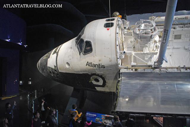 https://lh3.googleusercontent.com/-iwA4eCQIXe4/VbAbxXYIu1I/AAAAAAAAKWI/qEXMC52OV8k/s640-Ic42/space-shuttle-atlantis-001.jpg
