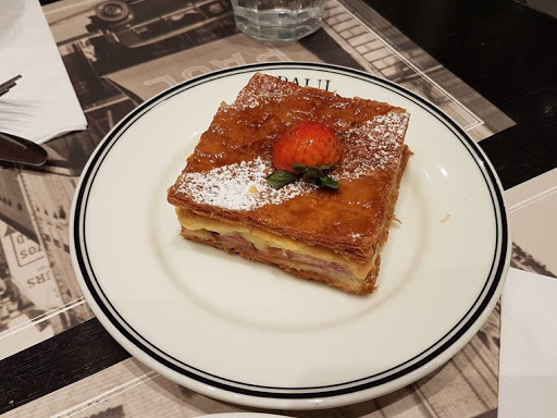 8. The Story of Strawberry Mille Feuille, Paul