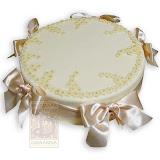 59. kép: Ünnepi torták - Bézs színű szalagos virágos torta