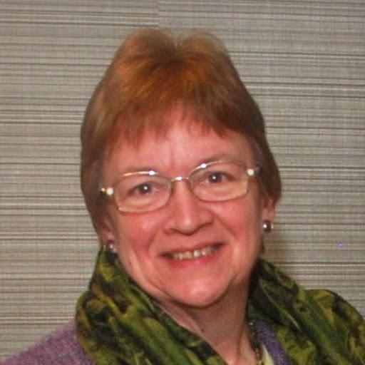 Lola Geary