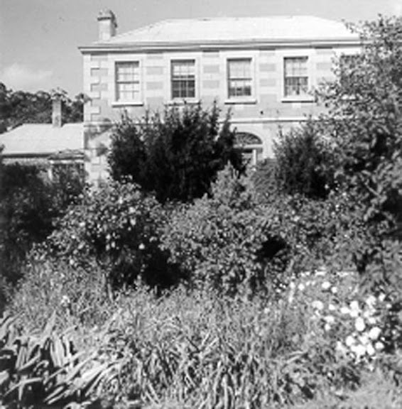 external image Partially_obscured_view_of__Rokeby_House__at_Rokeby.jpg