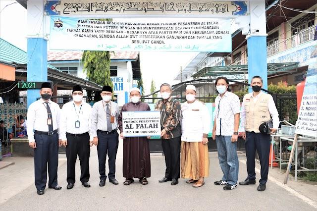 UPZ Bank Kalsel Serahkan Bantuan kepada Ponpes Al-Falah Putra Melalui Komisi II DPRD Kalsel