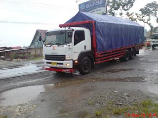 Truck Bermuatan Overload Bukan Satu-satunya penyebab Jalan Berlubang, Justru Muatan Berlebih Untungkan Masyarakat