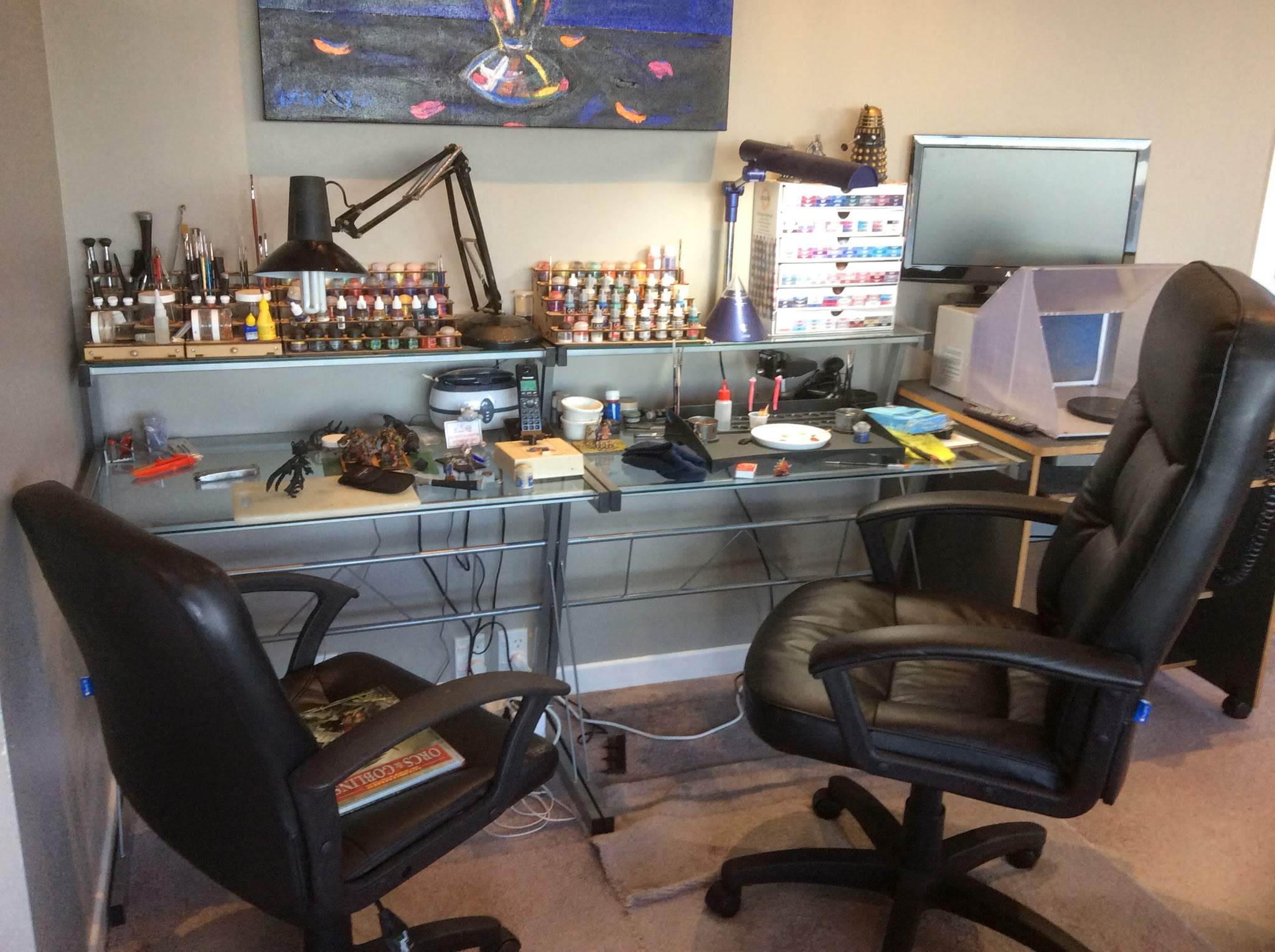 Using Airbrush To Paint Room