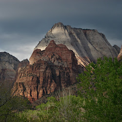 Zion Nat Park; Hike to Observation Point