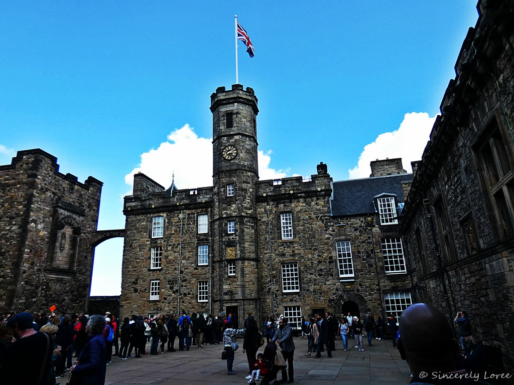 [The+Royal+Palace+-+Edinburgh+Castle%5B2%5D]