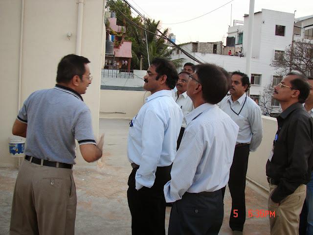 Demonstration of Amateur Radio Satellite communication to Mr Annadurai and Mr Raghavamurthy - DSC00129.JPG