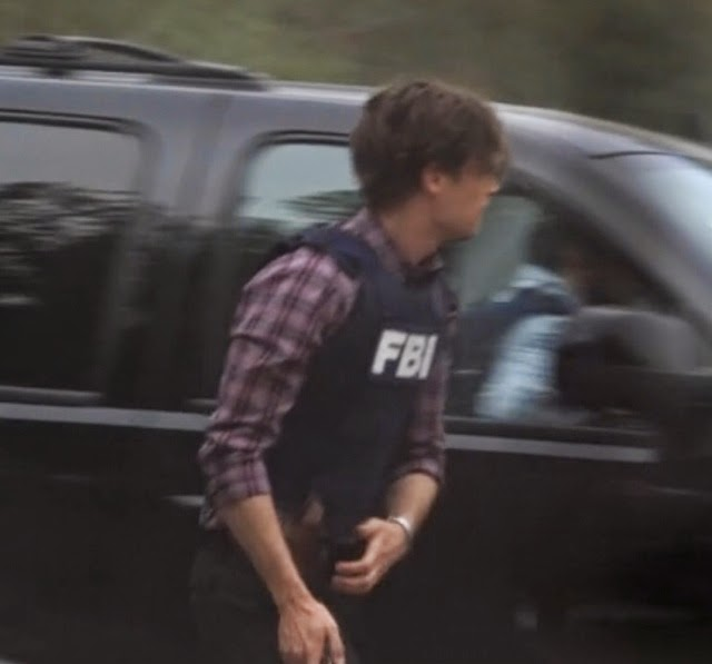 spencer reid season 9. i didn\u0027t had a particular favorite moment in this episode, so decided to make screenshots of spencer his fbi bulletproof vest :d (because he looks hot reid season 9