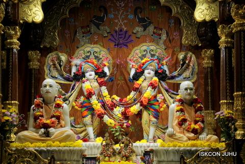ISKCON Juhu Sringar Deity Darshan on 5th Sep 2016 (35)