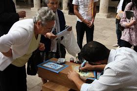 Caligrafia Árabe. Actividad de las Jaimas Interculturales del Centro Cultural Islámico de Valencia. Edificio La Nau de la Universitat de Valencia.