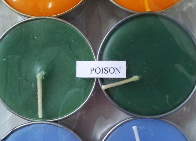 """Kerzen mit """"poison"""" flavour Geruch"""