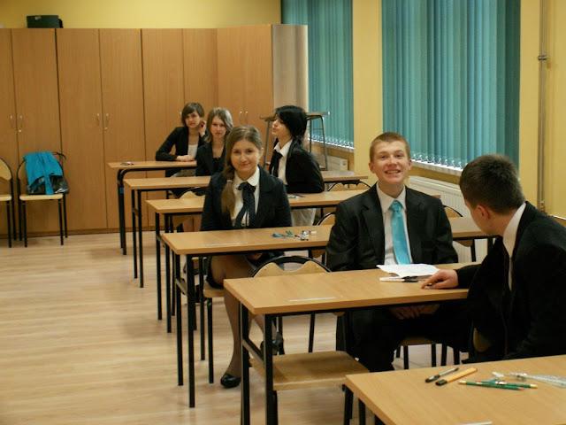 Pierwszy egzamin gimnazjalny w ZS nr 2 w Dukli 2011 - PICT1345_1.JPG