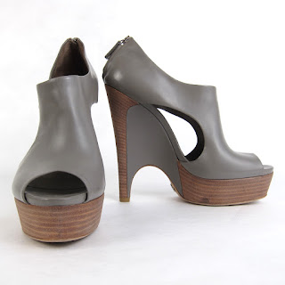Gucci Cut-out Wedges