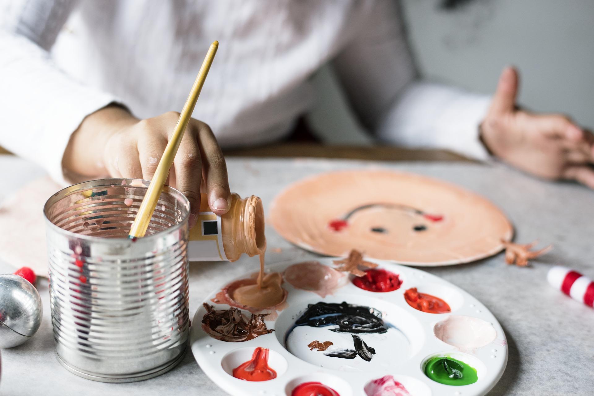 Kreatif Menciptakan Peralatan Atau Perabotan Do-It-Yourself (DIY)