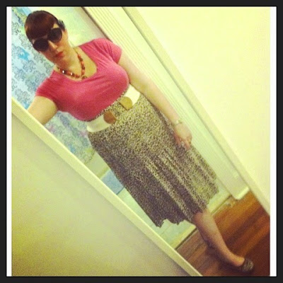 Bridget Eileen Plus Size Pin Up in Long Leopard Print Skirt with Simple Pink T-Shirt