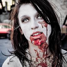 Maquiagem zumbi só com sangue