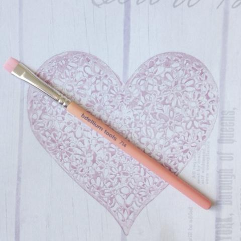 Bdellium-Tools-714-Flat-Liner-Brush