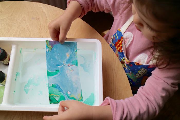 Marbling, marbling children, Montessori marbling, activities art children