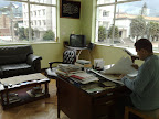 Julian Zapata en su oficina
