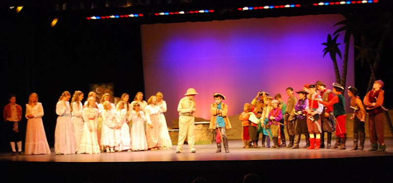 2012PiratesofPenzance - DSC_5839.JPG