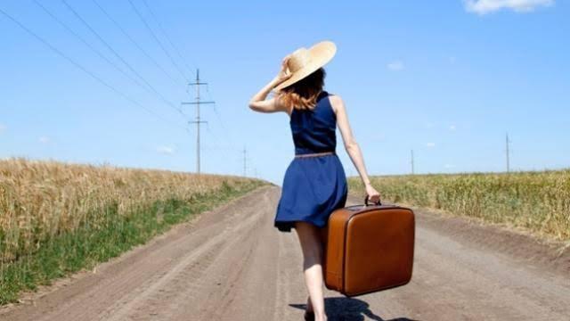 Perjalanan sendiri solo travelling