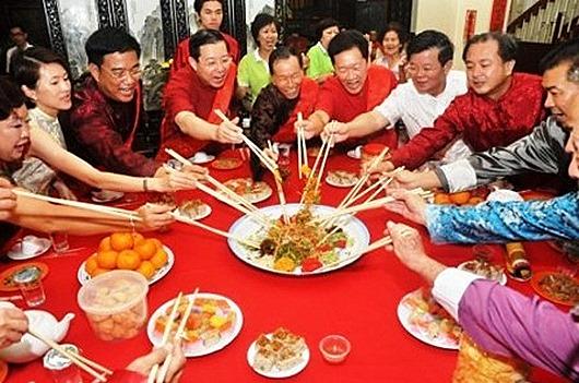 novogodnij-uzhin-kitajcev