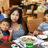 sunday-familybrunch-buffet 49.JPG