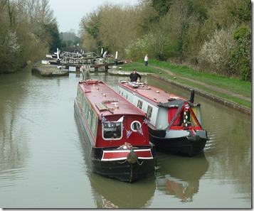 1 up stockton locks with hireboat