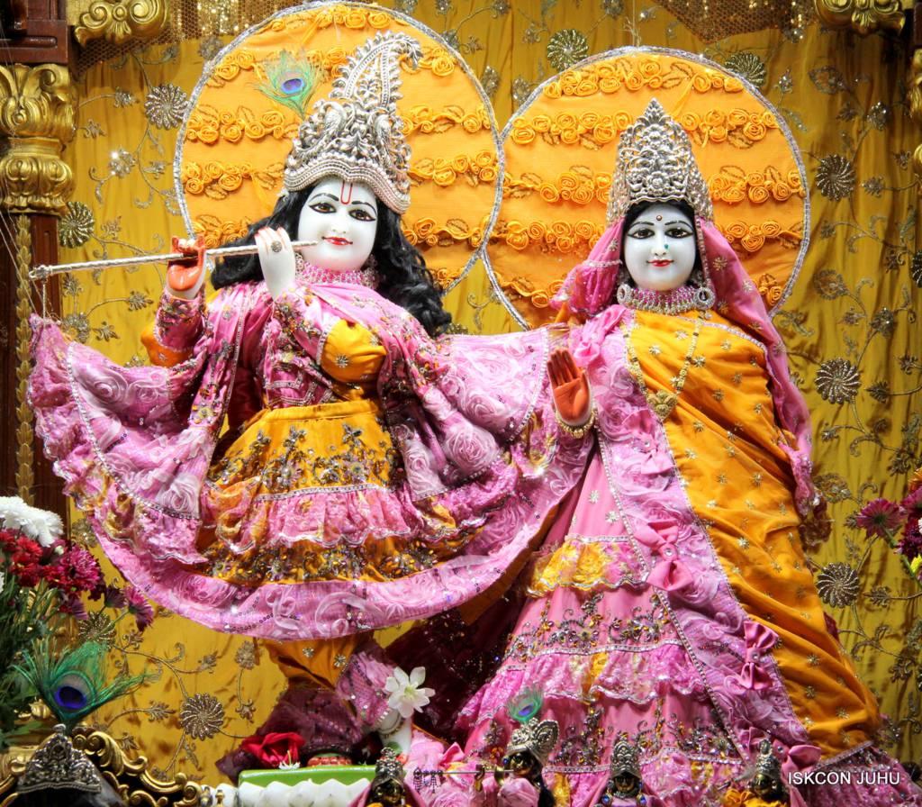 ISKCON Juhu Mangal Deity Darshan 29 Jan 2016 (15)