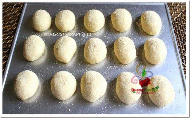 PANDESAL READY FOR 2ND RISING© BUSOG! SARAP! 2010