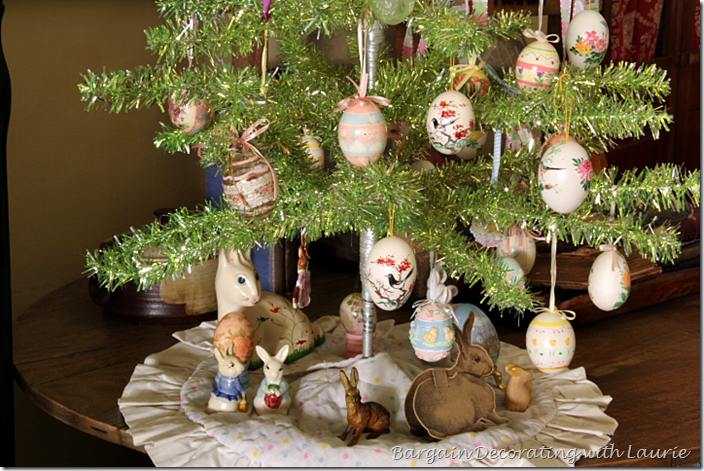 BUNNIES UNDER EASTER TREE