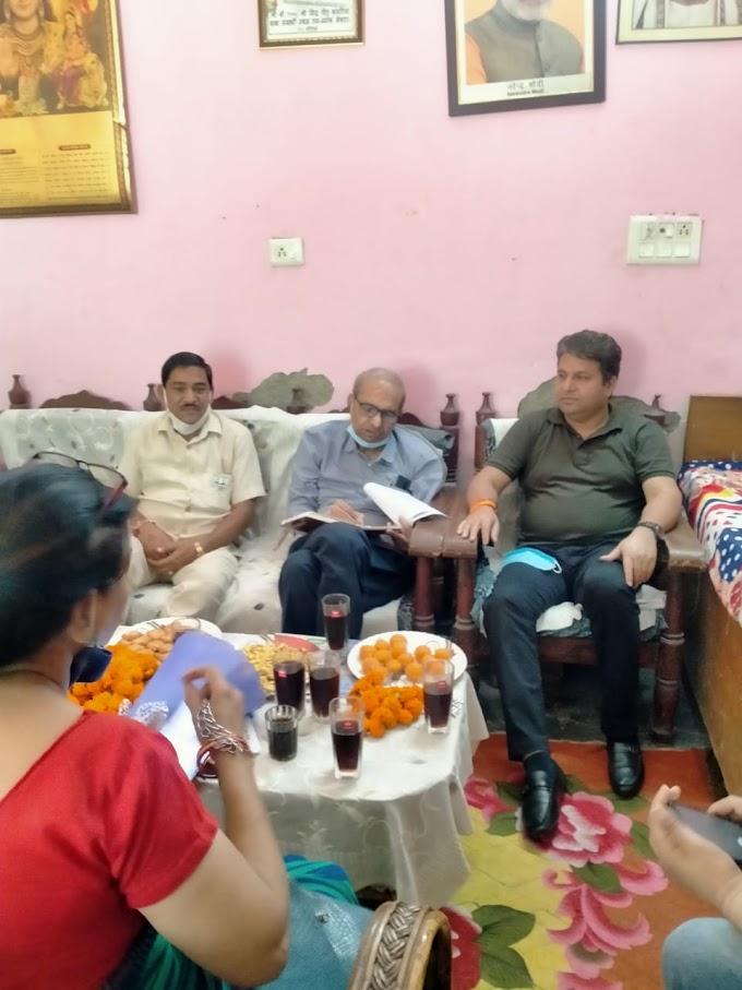 नोएडा में भाजपा ने तेज किया बूथ सत्यापन अभियान