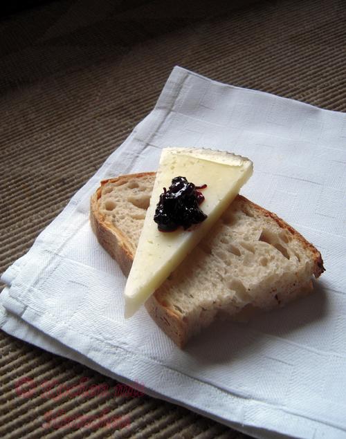 Schwarze Johannisbeer - Chutney für Käse