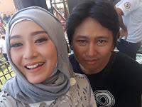 Diva Dangdut Kota Kediri Yeyen Vivia Melejit Lewat Lagu RA KUAT MBOK