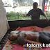 Pasang Atap Baja Ringan, Pria Tersengat Listrik Hingga Terbakar