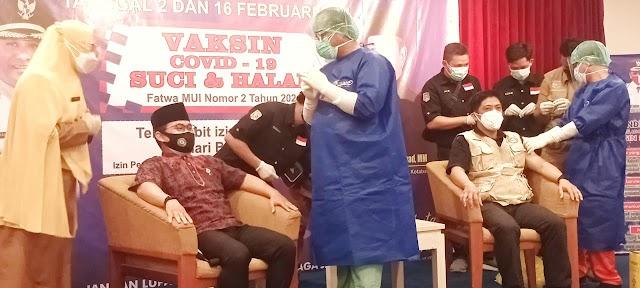 Sepuluh Role Model Tandai Vaksinasi Tahap Pertama Kotabaru