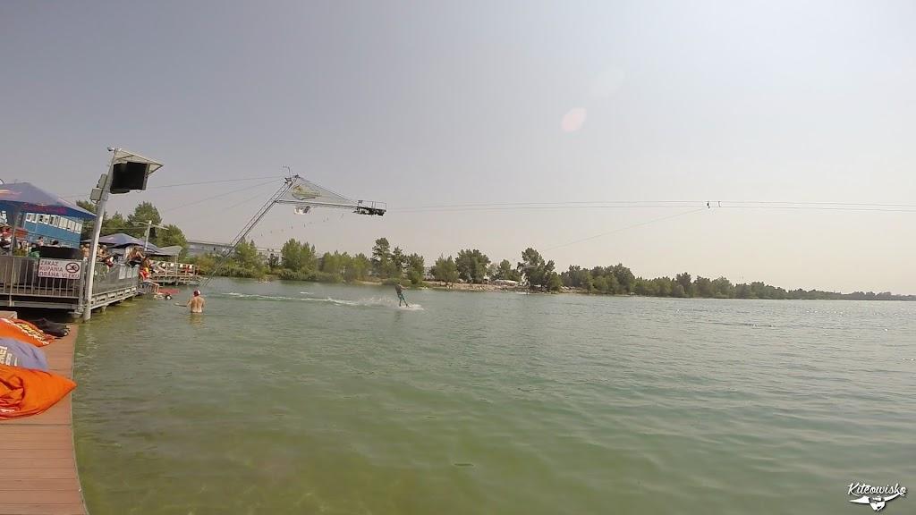 vlcsnap-2015-08-16-18h10m26s8