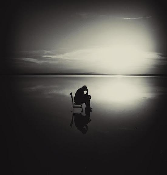 Rơi Nước Mắt Với Hình Ảnh Buồn Cô Đơn Thất Tình Đầy Tâm Trạng