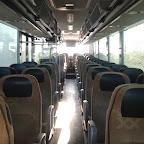 het interieur van de mercedes integro van Connexxion tours bus 2904 met leerlingen vervoer aap