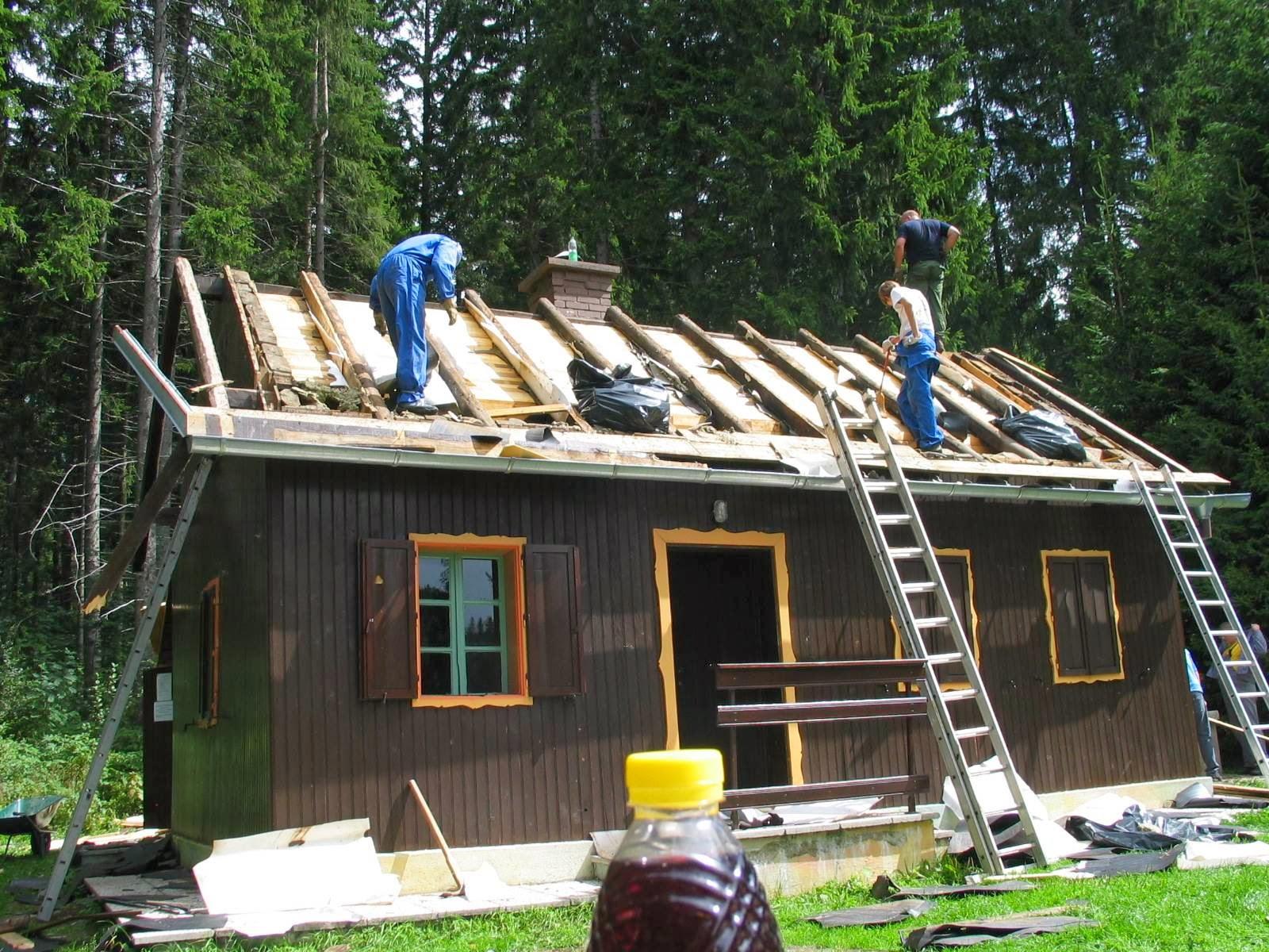 Delovna akcija - Streha, Črni dol 2006 - streha%2B108.jpg