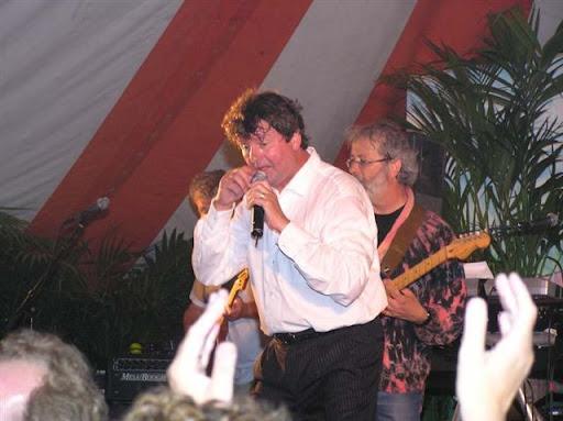 2004 Albert West-1.jpg