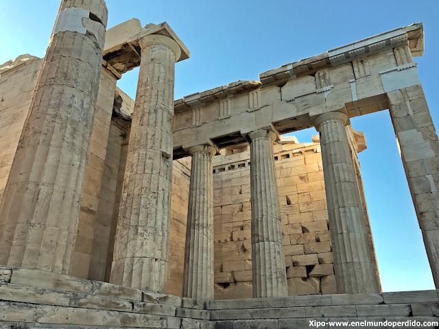 propileos-acropolis-atenas.JPG