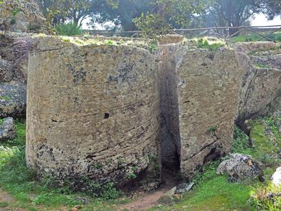 Säulentrommeln in Vorbereitung – dann kamen die Punier