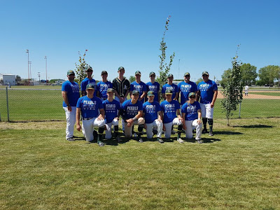 18U AA Walk Off have their Pearl tee shirts on at Provincials