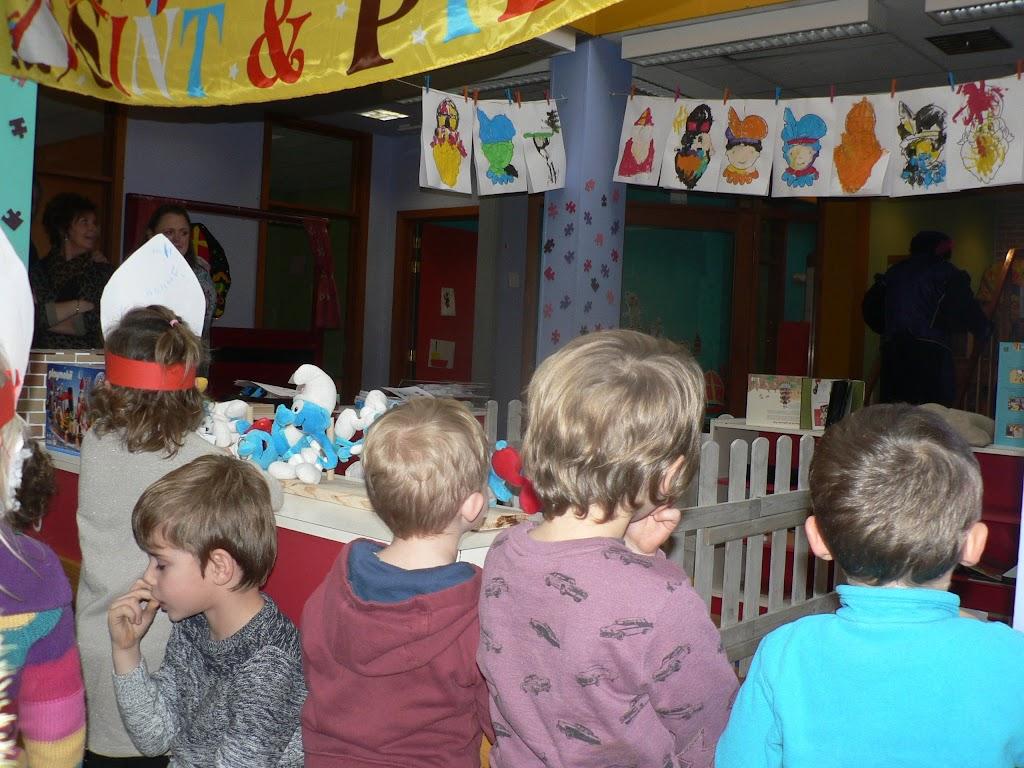 Sinterklaas op bezoek - P1270311.JPG