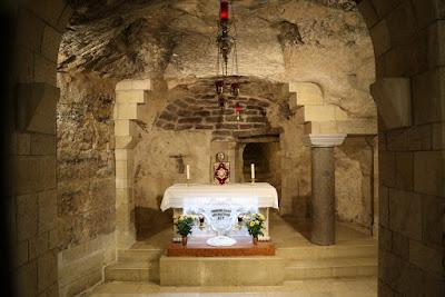 08/ Dans la basilique de l'Annonciation, à Nazareth.